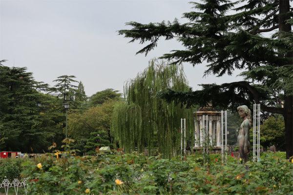 鶴舞公園、噴水塔と彫刻