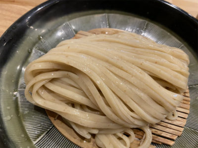北海道産小麦を使用した自家製手打太麺